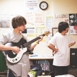 ドミコ(ひかる&長谷川)バンドの年齢や経歴は?人気曲やおすすめ曲も調査!